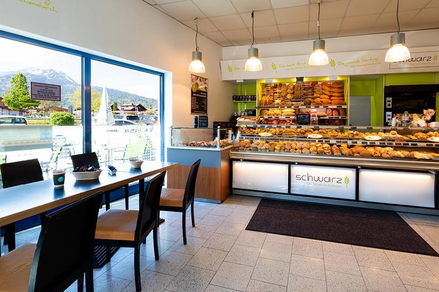 Café in der Bäckerei Schwarz im EDEKA Ebner